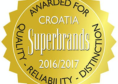 experta-superbrands-2016-17